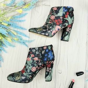 "Sam Edelman ""Cambell"" floral ankle booties, EUC!"